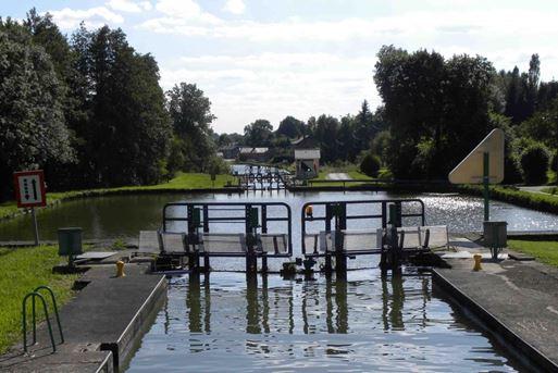 Boot huren in Frankrijk: Canal des Ardennes